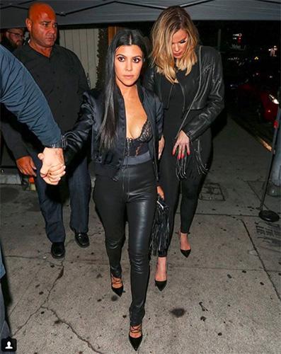 Kourtney Kardashian Online Dating
